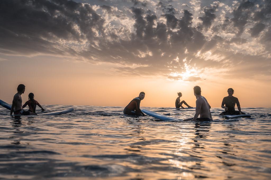 I benefici della Surf Therapy nel mondo post COVID